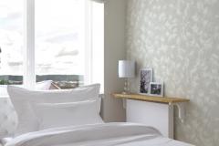 Sypialnia - półka nad grzejnikiem